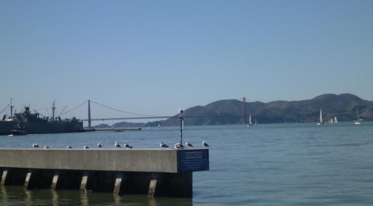 I det fjerne kan man se Golden Gate og Alcatraz - vi må snart komme tættere på!