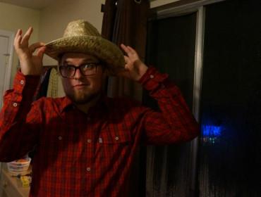 Mikael er en meje smuk cowboy
