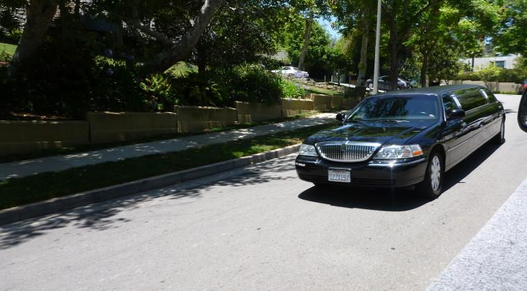 En limo i Hollywood - er det mon en kendt?