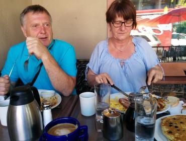 Amerikansk morgenmad med Hr. og Fru. Leegaard