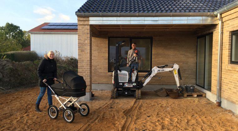 En af de bedste goder ved at bo tæt på DK; besøge nybyggere og barnevogne i Herning.